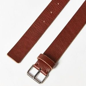 Urban Outfitters Basic Brown Leather Belt NWOT, Sm